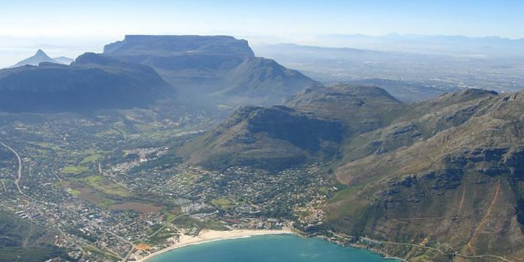 Cluttons South Africa |